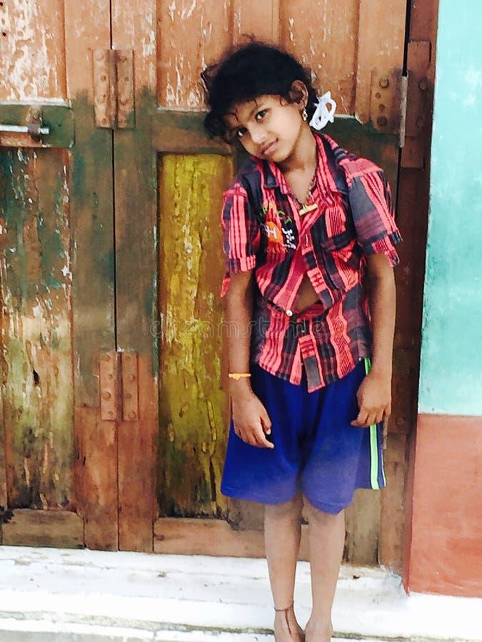 Retrato indiano rural da menina da escola foto de stock royalty free
