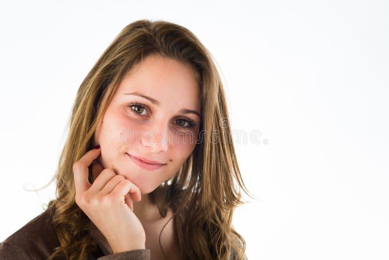 Retrato isolado da jovem mulher alegre imagem de stock