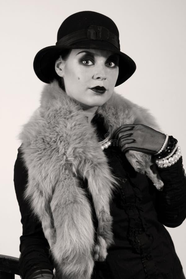 Retrato labrado retro de una mujer joven fotos de archivo libres de regalías