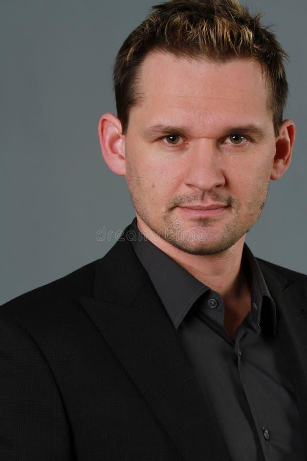 Retrato masculino no terno imagens de stock royalty free