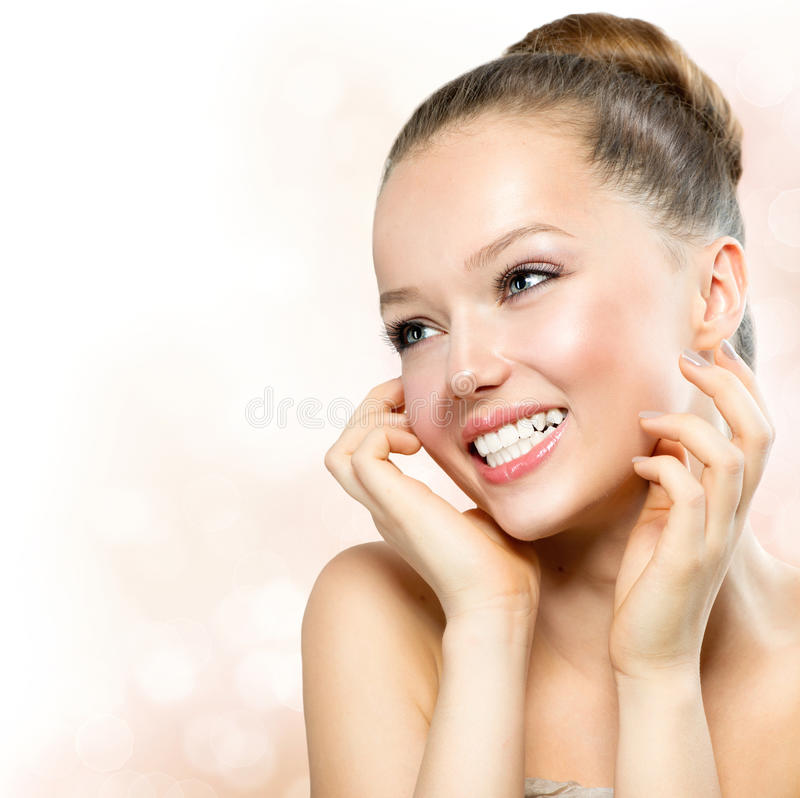 Retrato modelo de la muchacha de la belleza imagen de archivo libre de regalías