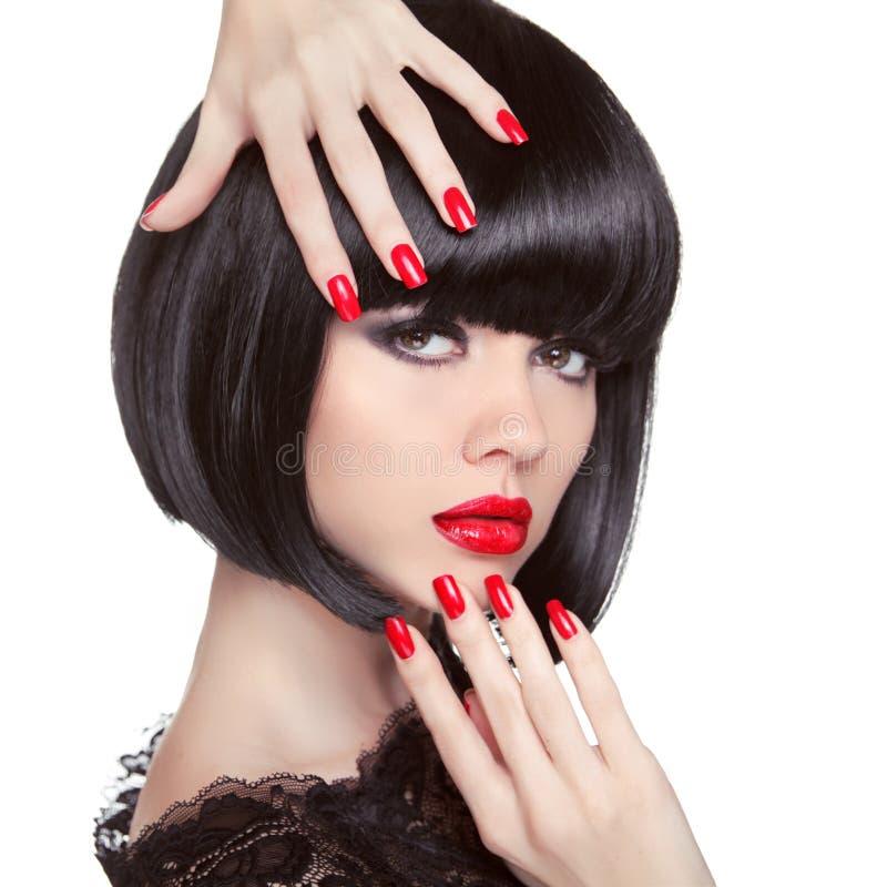 Retrato modelo moreno da forma da beleza Pregos Manicured fotos de stock royalty free