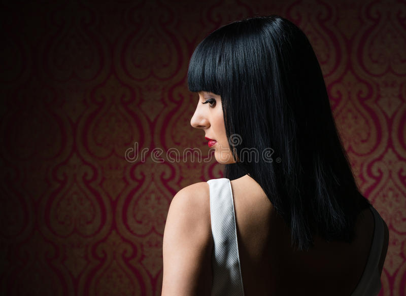 Retrato moreno bonito do encanto da menina imagem de stock royalty free