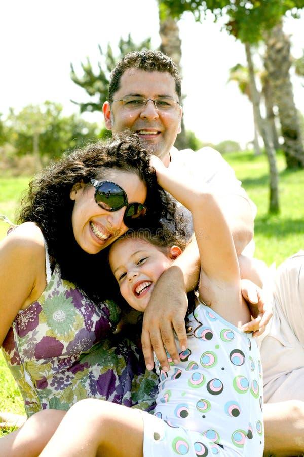 Retrato ocasional da família fotos de stock