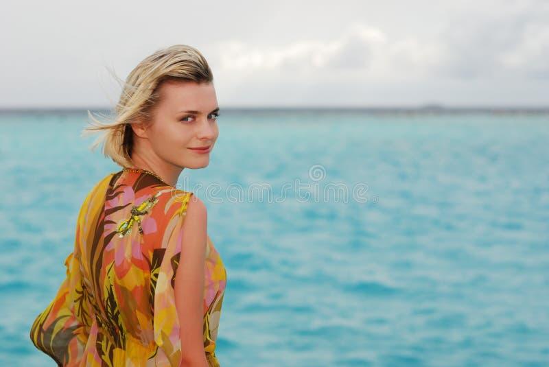 Retrato pelo mar imagens de stock royalty free