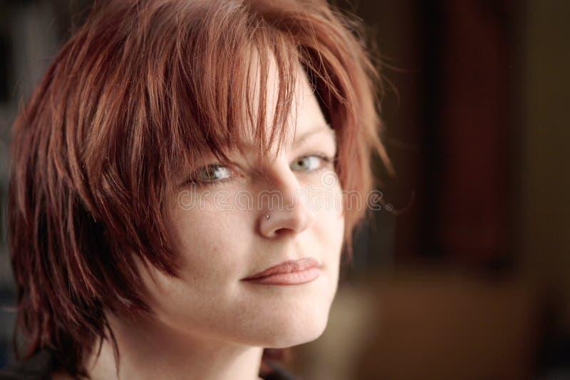 Retrato Red-haired da mulher foto de stock
