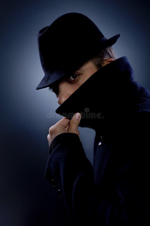 Retrato retro do homem misterioso foto de stock