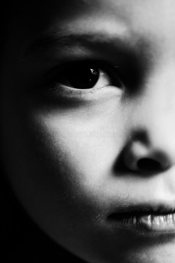 Retrato sério da criança foto de stock royalty free