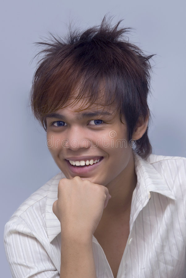 Retrato sonriente del adolescente imágenes de archivo libres de regalías