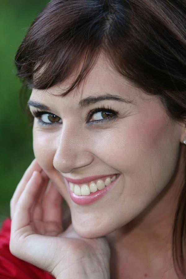 Retrato triguenho de sorriso foto de stock