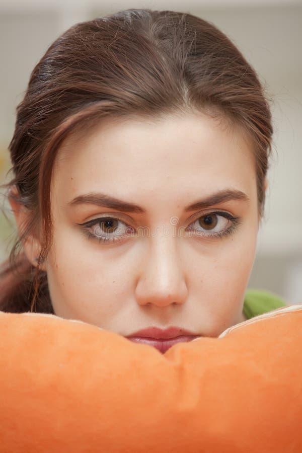 Retrato triste da mulher fotografia de stock