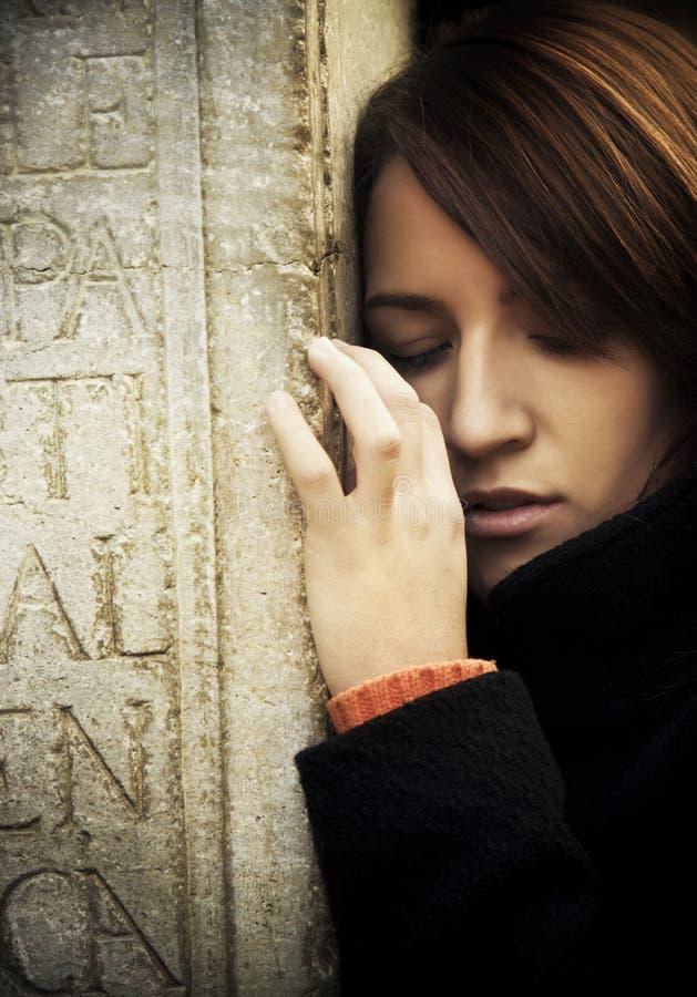 Retrato triste da mulher imagens de stock