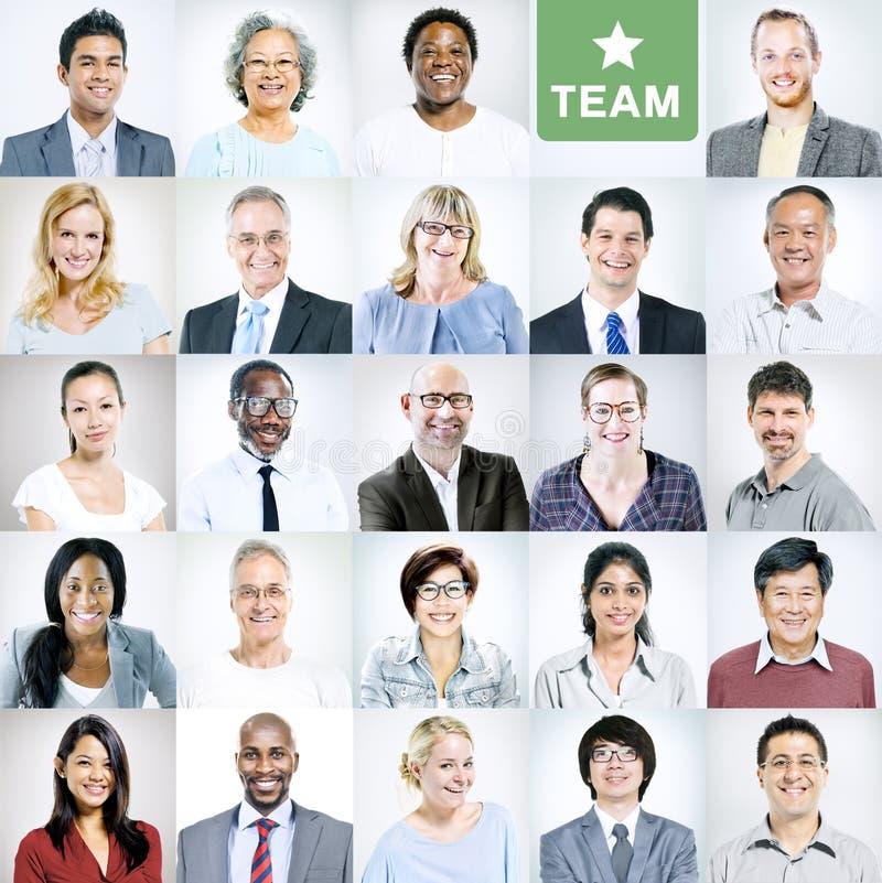 Retratos de executivos diversos multi-étnicos fotografia de stock royalty free