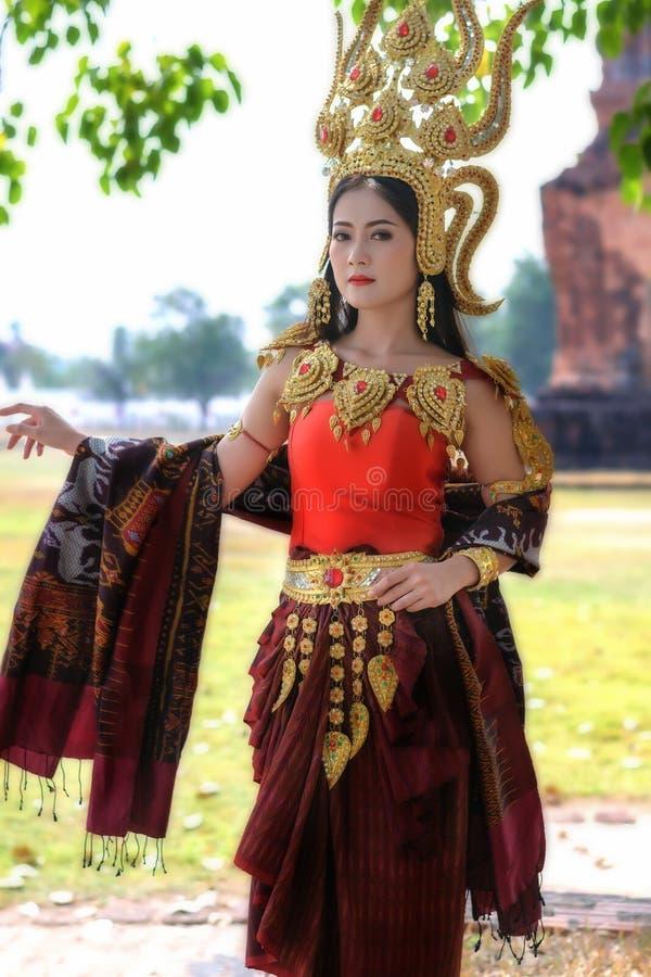 Retratos no conceito Apsara , A legenda da fêmea no ancie fotografia de stock royalty free