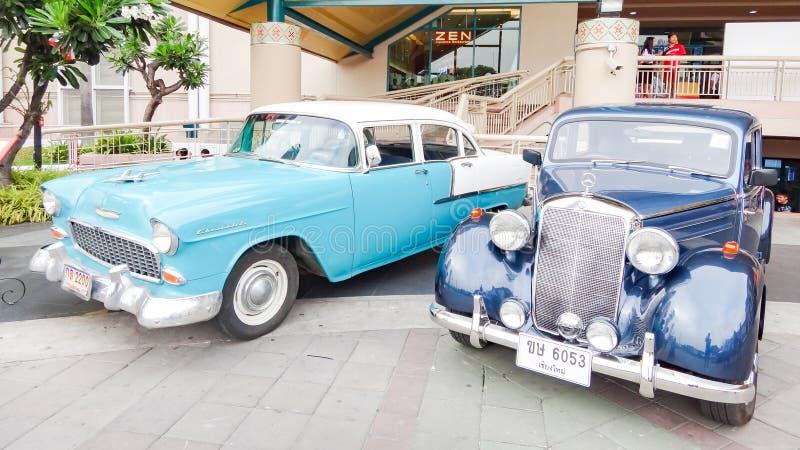 Retro auto in Chiang Mai, Thailand stock afbeeldingen