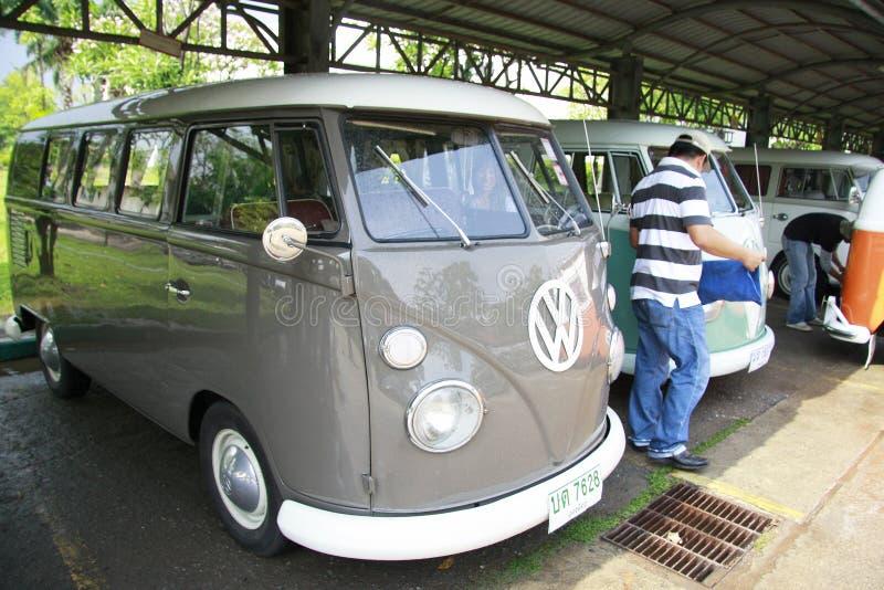 Retro automobile di Volkswagen/bus d'annata di spaccatura immagine stock