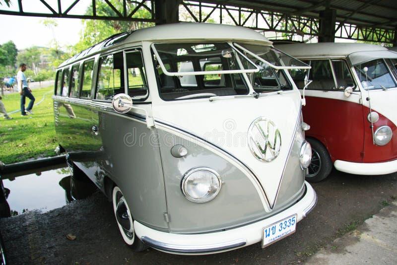Retro automobile di Volkswagen/bus d'annata di spaccatura fotografia stock libera da diritti