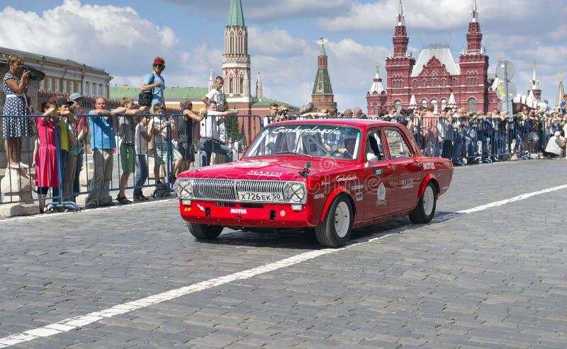Retro automobile Dzintara Volga GAZ-24 fotografie stock libere da diritti