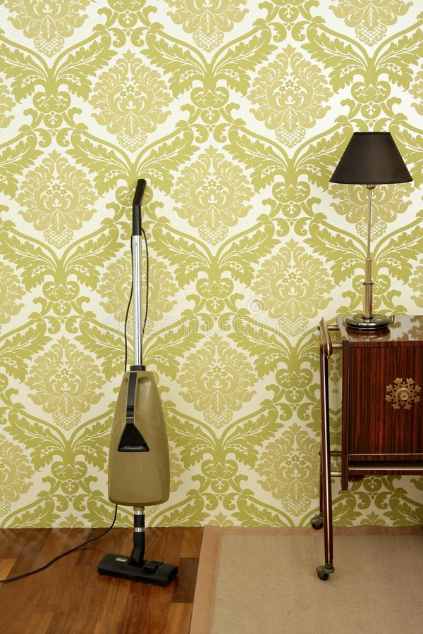 retro behang van stofzuiger uitstekende jaren 39 60 stock afbeelding afbeelding bestaande uit. Black Bedroom Furniture Sets. Home Design Ideas