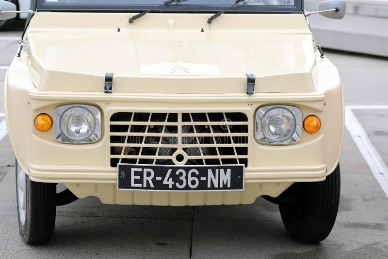 Retro Beige Citroën Mehari royalty-vrije stock foto