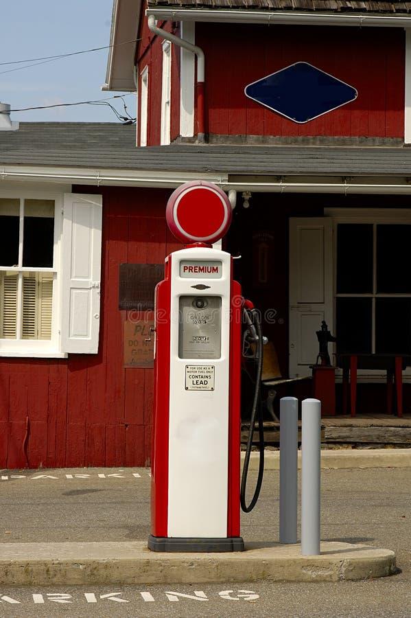 Retro Benzinepomp stock foto's