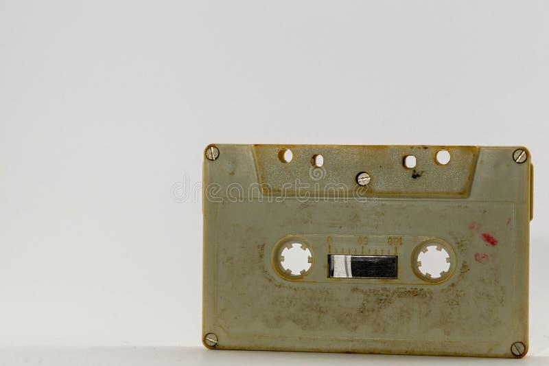Retro bity w górę kasety taśmy od 80's zakurzonych i starych zdjęcia royalty free