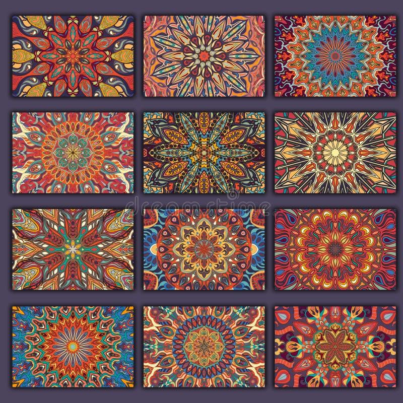 Retro camice delle carte della raccolta con le origini etniche Carta dell'invito con gli elementi d'annata di progettazione royalty illustrazione gratis