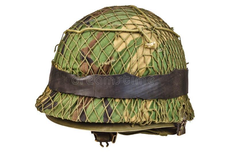 Retro casco di guerra isolato su bianco fotografie stock
