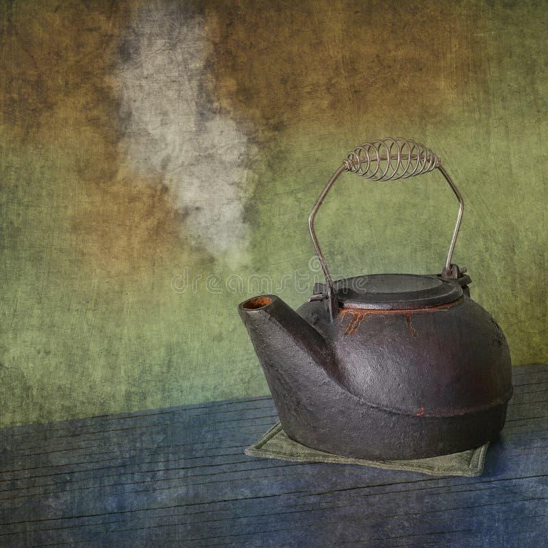 Retro cast-iron steamer Kettle royalty free stock photos