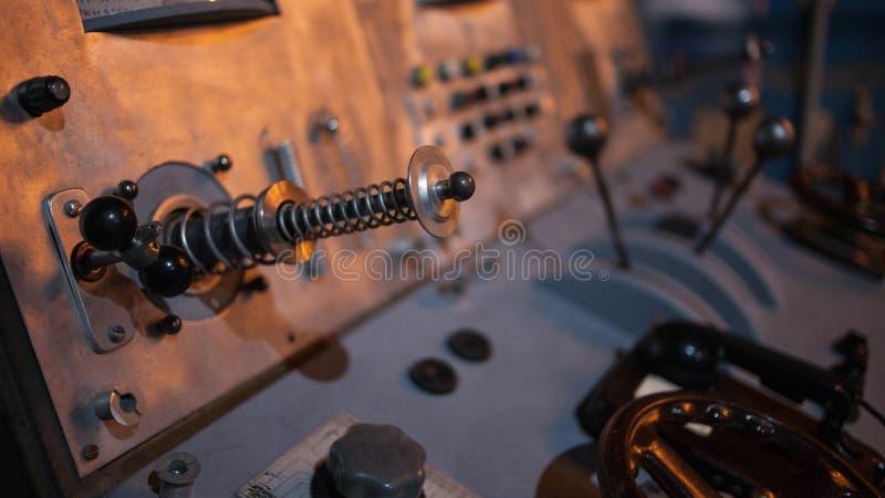Retro controlebord, close-uphefbomen Roestige textuur stock afbeeldingen