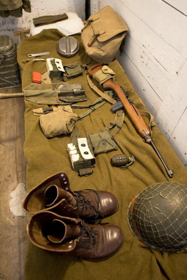 Retro cuccetta di WWII e soldato Equipment fotografia stock