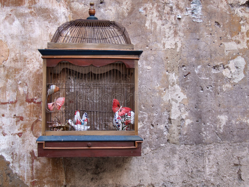 Retro decoratie - vogelkooi royalty-vrije stock foto