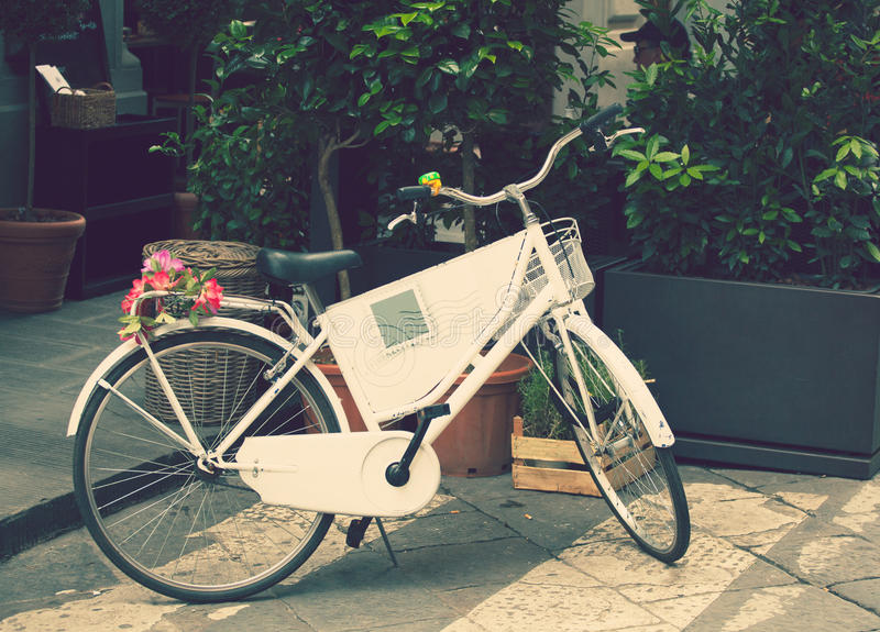 Retro--Fahrrad lizenzfreies stockbild