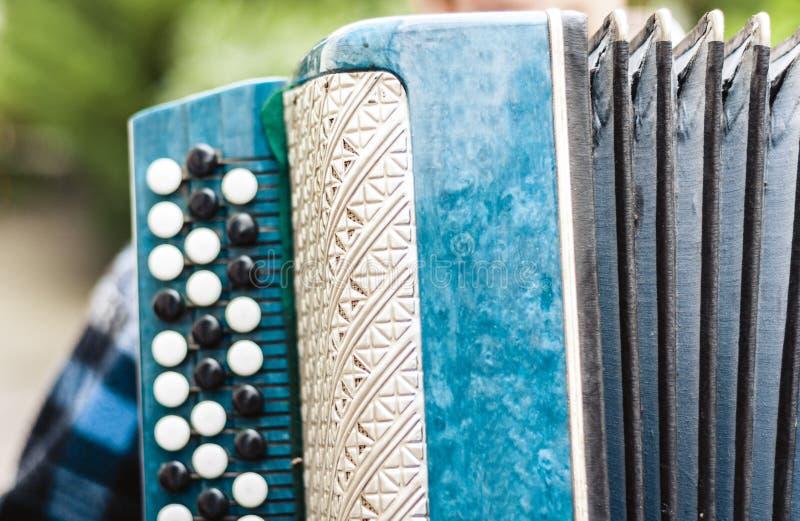 Retro fisarmonica bayan classica, strumento musicale immagine stock