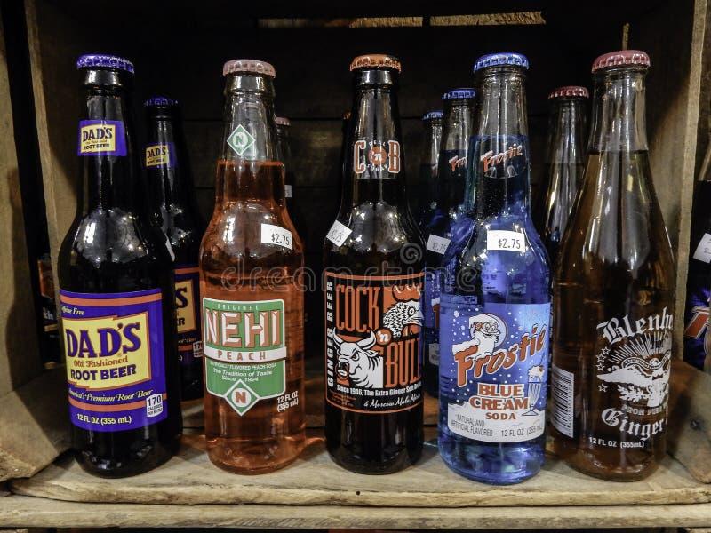 Retro- Flaschen der Limonade lizenzfreie stockfotografie