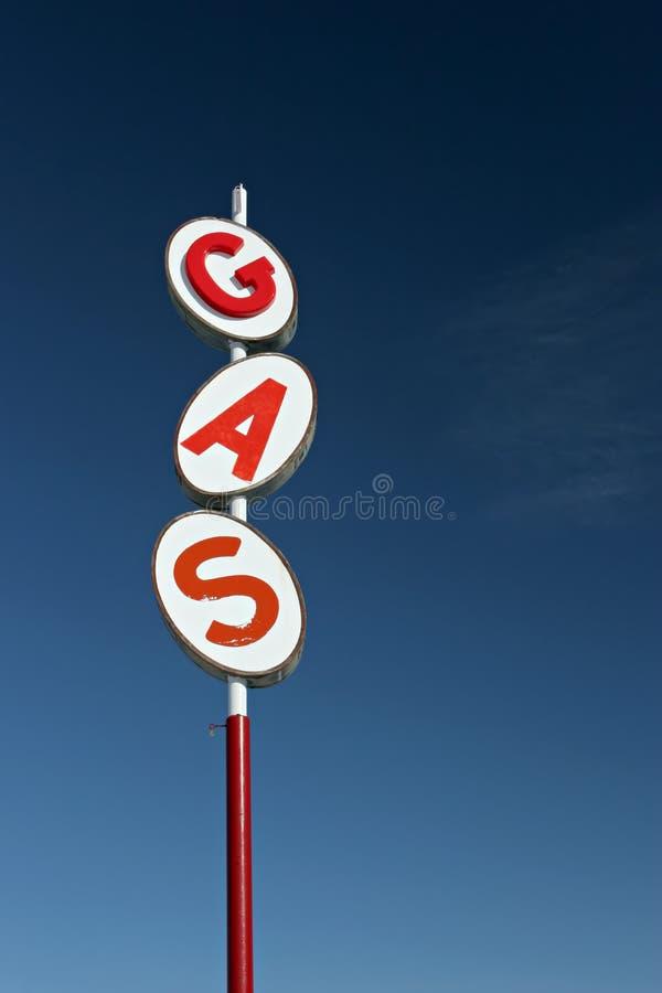 Retro- Gaszeichen lizenzfreies stockfoto