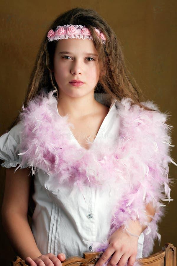 Retro- junges Mädchen lizenzfreie stockfotografie