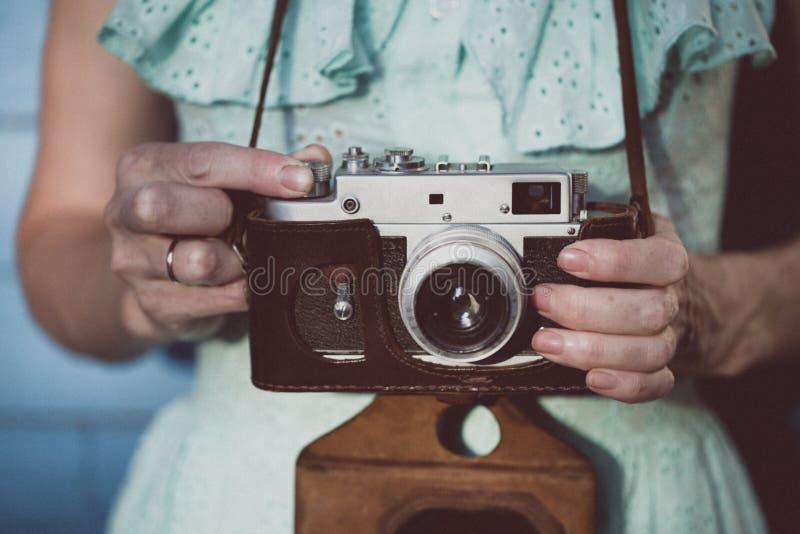 retro kamery dziewczyna fotografia stock