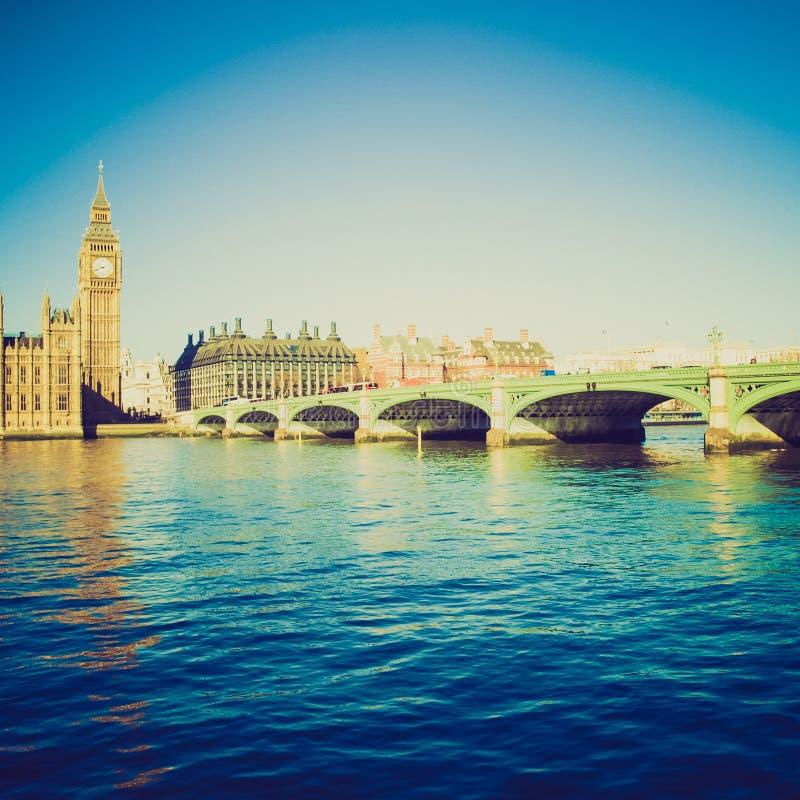 Retro kijk de Brug van Westminster, Londen stock afbeelding