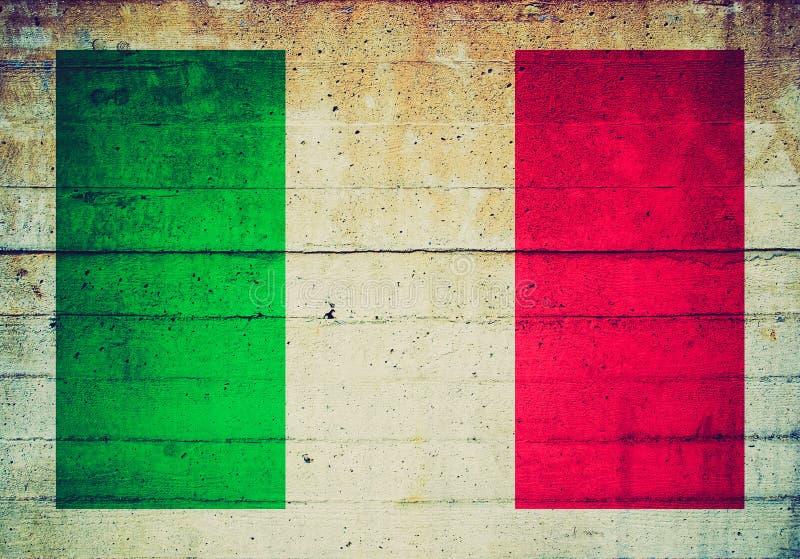 Retro kijk Italiaanse vlag stock fotografie