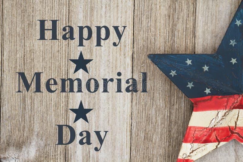 Retro lycklig Memorial Day hälsning royaltyfria foton