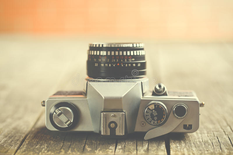 Retro macchina fotografica analogica fotografia stock libera da diritti