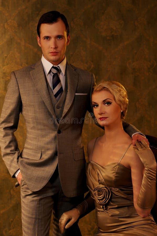 Retro man en vrouw royalty-vrije stock afbeeldingen