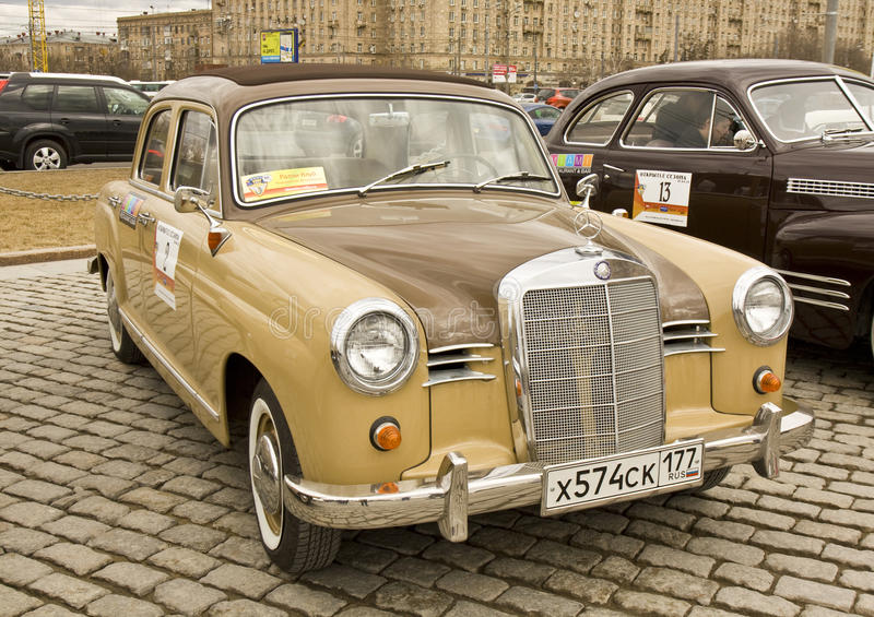 Retro mercedes benz on rally of old cars moscow editorial for Mercedes benz retro