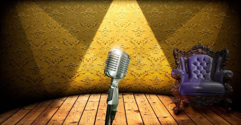 Retro microfono sulla fase immagine stock libera da diritti