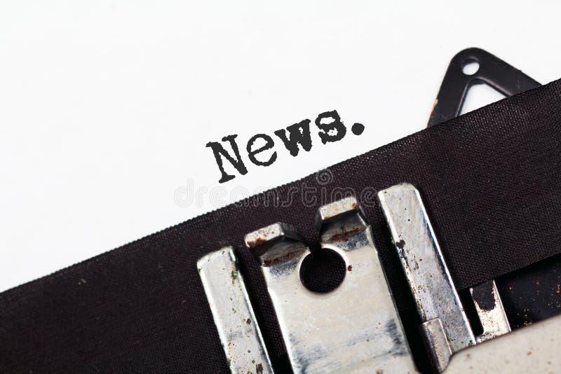 Retro notizie del testo della macchina da scrivere immagine stock libera da diritti