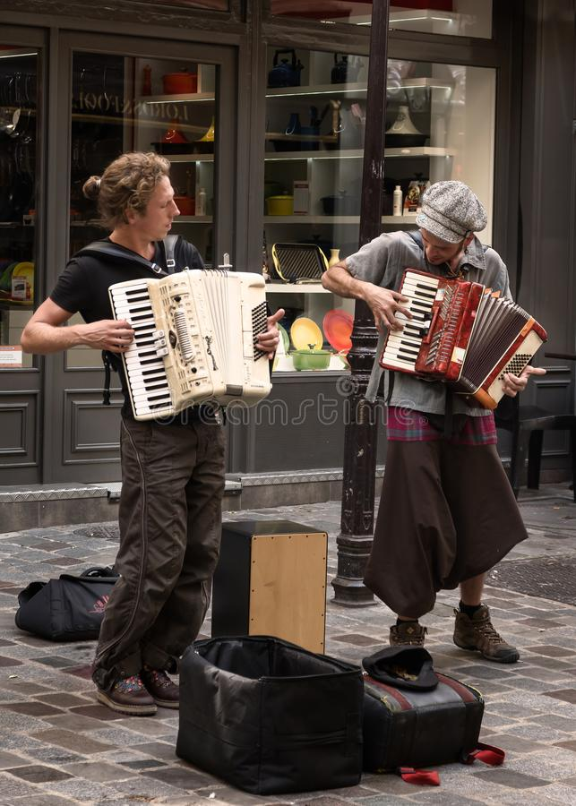 Free Retro Parisian Musicians Of Street Stock Image - 107292431