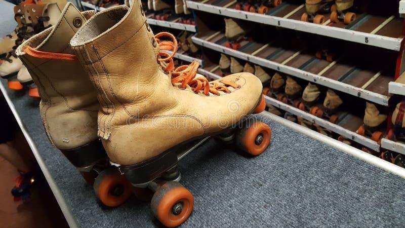 Retro pattinaggio a rotelle fotografia stock libera da diritti