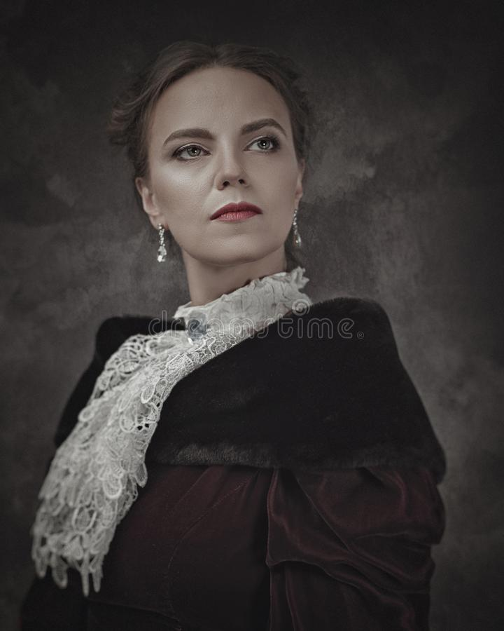 Retro piękno, Żeński portret z rocznika stylem obrazy royalty free