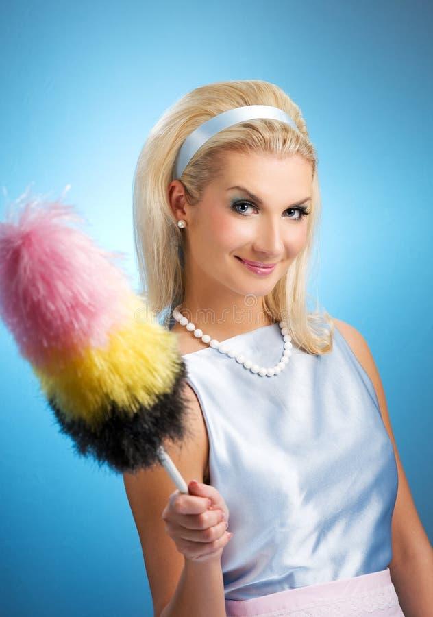 Retro- Portrait der lustigen Hausfrau lizenzfreies stockbild